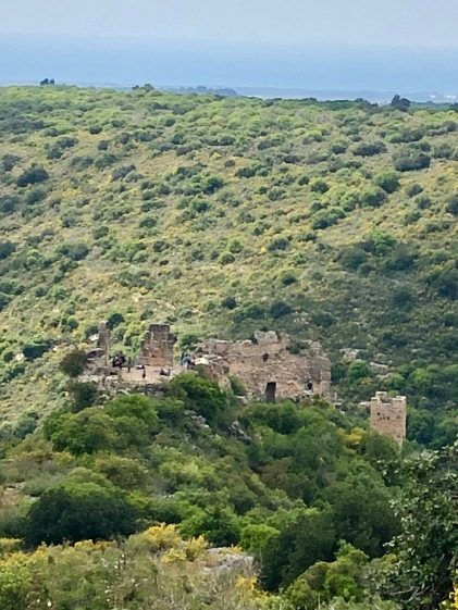 Over the ridgetop - a beautiful Mediterranean view!